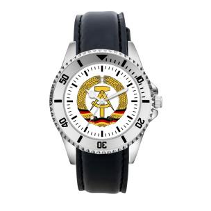 DDR Armbanduhr mit Kunstlederband