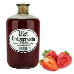 Erdbeerwein in der Apothekerflasche
